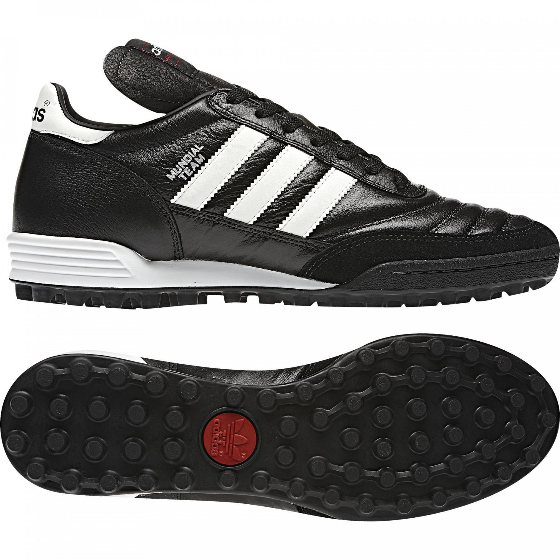Chaussures adidas Mundial Team
