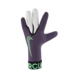 Kid's goalie gloves Nike Mercurial Goalkeeper Touch Victory