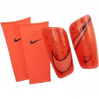 Shin Nike Mercurial Lite